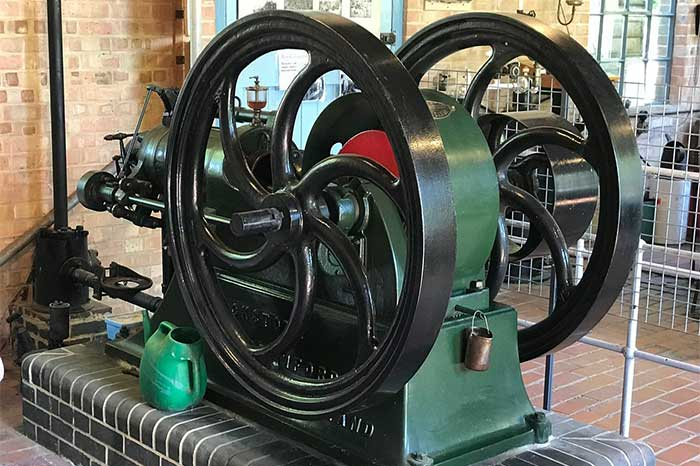 explore engines - Explore Industry
