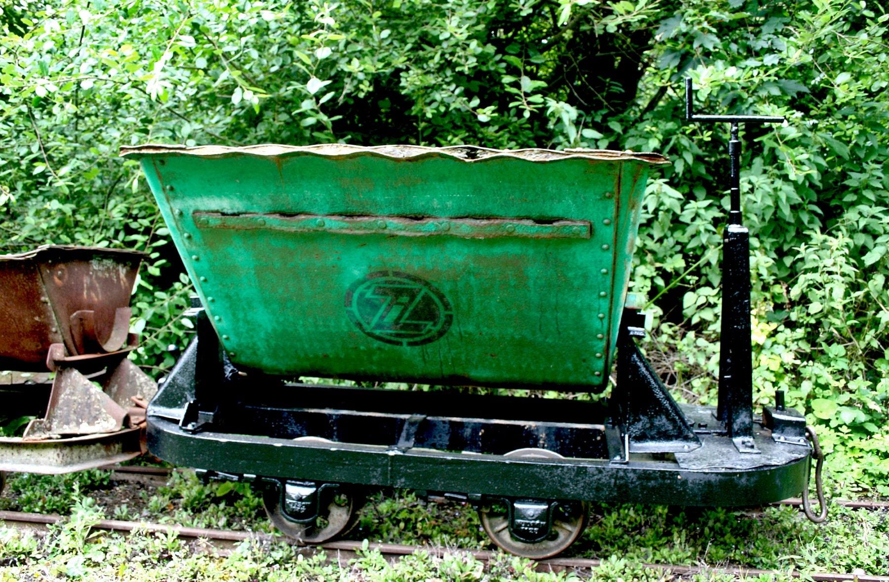 Zorin Mine Cart